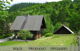 3 bedroom houses for sale in Radovljica. This is a wonderful house in a great location by the river