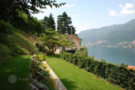 Coastal property for sale in Lombardy. Villa – Lake Como, Lombardy, Italy