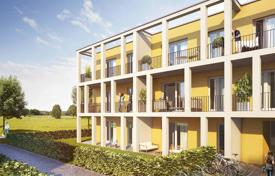 New homes for sale in Bavaria. Three bedroom apartment in a new complex with parking and garden area near Munich in Vaterstetten