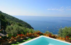 Villas and houses to rent in Amalfi. Villa Olga