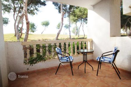 Cheap 2 bedroom apartments for sale in Spain. Orihuela Costa, Urb. Las Ramblas, apartment with 2 bedrooms and 2 bathrooms