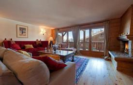 Apartments to rent in Bagnes. Cozy apartment in chalet style with 3 bedrooms, fireplace, balcony and parking. Switzerland, Verbier