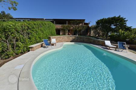 Coastal villas and houses for rent in Sardinia. Villa - Porto Rotondo, Sardinia, Italy