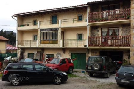 Property for sale in Cantabria. Villa – Cantabria, Spain