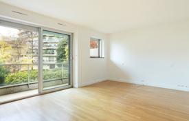 1 bedroom apartments for sale in Ile-de-France. Neuilly-sur-Seine — A near 90 m² apartment