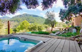 Charming villa with mountain views in Valldemosa, Mallorca, Spain for 1,600,000 €