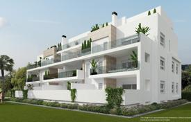 3 bedroom apartments for sale in Alicante. Ground floor apartment with 3 bedrooms and garden in Villamartin