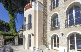 Coastal residential for sale in Côte d'Azur (French Riviera). Three-storey villa with a natural stone facade with a picturesque garden and a sea view, Eze, France