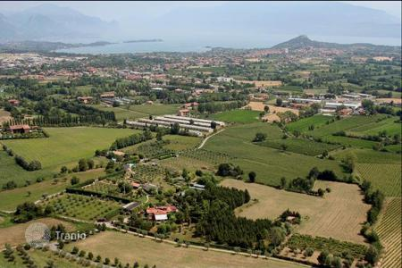6 bedroom houses for sale in Italy. Villa – Garda, Veneto, Italy