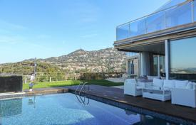 Luxury 5 bedroom houses for sale in Catalonia. Villa – Lloret de Mar, Catalonia, Spain