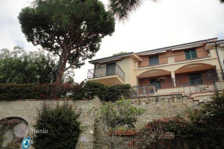 2 bedroom apartments by the sea for sale in Italy. Apartment in Ospedaletti, Italy