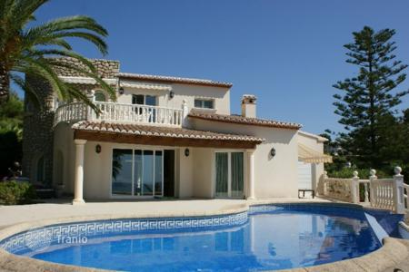 Luxury 3 bedroom houses for sale in Costa Blanca. Villa – Calpe, Valencia, Spain