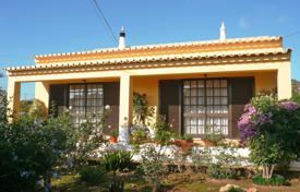 Property for sale in Faro (city). Immaculate bungalow style villa on big plot, Raposeira, West Algarve