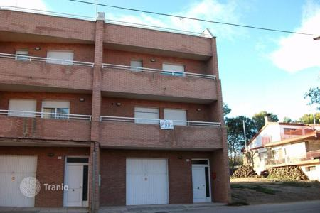 4 bedroom houses for sale in Lleida. Villa - Lleida, Catalonia, Spain