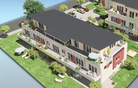 2 bedroom apartments for sale in Bavaria. Three-room penthouse enclosed by a spacious terrace in a new building in Rosenheim, Bavaria, Germany