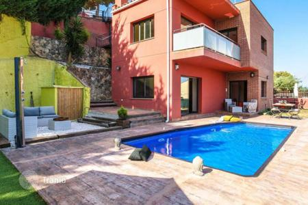 Houses for sale in Blanes. Villa – Blanes, Catalonia, Spain