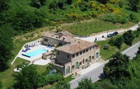 Property for sale in Marche. Furnished villa with a terrace and a swimming pool near Cupramontana, Italy