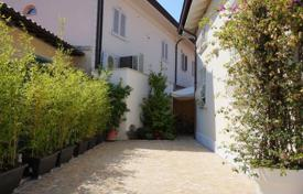 Villa – Forte dei Marmi, Tuscany, Italy. Price on request