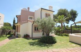 Cozy villa with a private garden, a pool and a parking, Santa Ponsa, Spain for 795,000 €