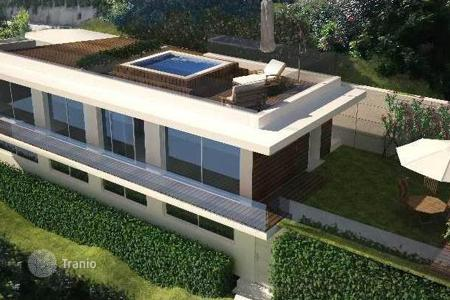 4 bedroom houses for sale in Lake Garda. Villa – Toscolano Maderno, Lombardy, Italy