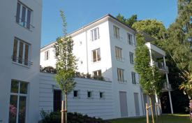 Apartments for sale in Baden-Baden. Modern apartment with terrace in the territory of park and the golf club in Baden — Baden, Germany
