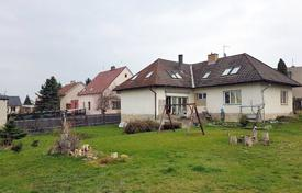 5 bedroom houses for sale in the Czech Republic. Townhome – Hostivice, Central Bohemia, Czech Republic
