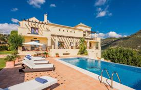 Comfortable villa with two terraces, a pool and sea views, near the beach, Benahavis, Costa del Sol, Spain for 2,375,000 €