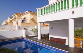 Houses for sale in Tenerife. Lovely villa in a 5-minute walk from the Canarian village of Valle de San Lorenzo