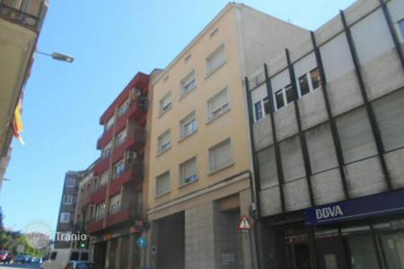 Foreclosed 3 bedroom apartments for sale in Catalonia. Apartment – Manresa, Catalonia, Spain