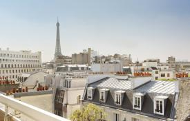 1 bedroom apartments for sale in Paris. Paris 16th District – With a terrace enjoying a view of the Eiffel Tower