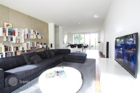 Property for sale in Baden-Wurttemberg. Two-bedroom apartment with a terrace and private garden in the center of Baden-Baden, Germany