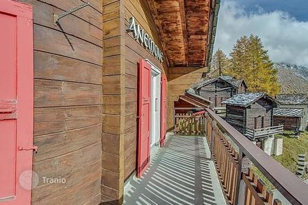4 bedroom apartments to rent in Valais. Apartment – Saas Fee, Valais, Switzerland