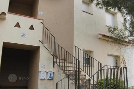 Foreclosed 2 bedroom houses for sale in Costa Brava. Villa – Torroella de Fluvià, Catalonia, Spain