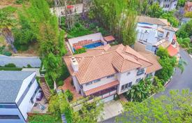Furnished residence with panoramic hillside views, with pool and terrace, Los Angeles, USA for 1,750,000 $