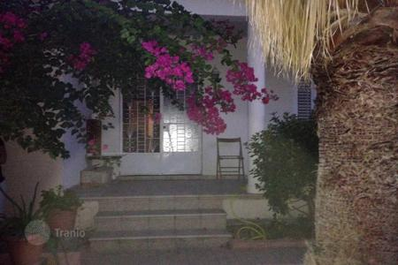 2 bedroom houses for sale in Nicosia. Detached 3 bed house with garden — in 590m² plot