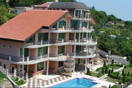 Luxury property for sale in Bulgaria. Detached house – Saints Constantine and Helena, Varna Province, Bulgaria