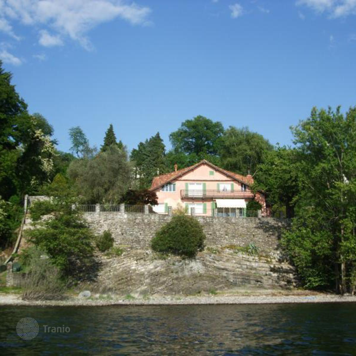 Ghiffa Italy  city pictures gallery : Listing #1302224 in Ghiffa, Piedmont, Italy — Villa overseas ...