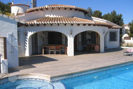 4 bedroom houses for sale in Valencia. Villa with terrace, pool, garden and parking in Denia, Costa Blanca, Spain