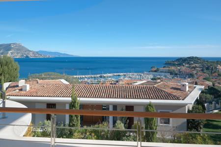 Villas and houses to rent in Saint-Jean-Cap-Ferrat. Exceptional property — Saint-Jean-Cap-Ferrat
