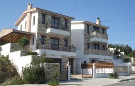 Property for sale in Vavla. Two Bedroom House