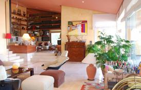 Luxury 5 bedroom houses for sale in Catalonia. Unique villa with a garden, terraces and a summer dining, on the first line of the sea, Gerona, Spain