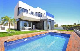Residential for sale in Guardamar del Segura. Detached villas near Guardamar with views to the Salt Lakes