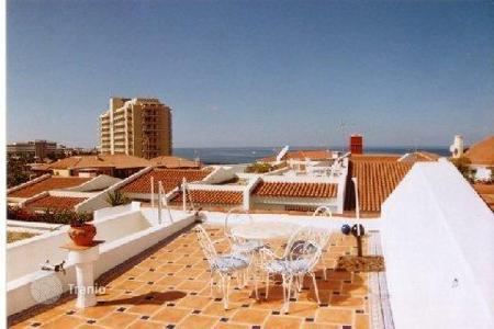3 bedroom houses for sale in Playa. Villa – Playa, Canary Islands, Spain