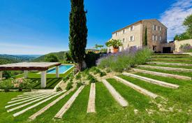 Houses with pools for sale in Grasse. Cannes backcountry — Mas from the 18th
