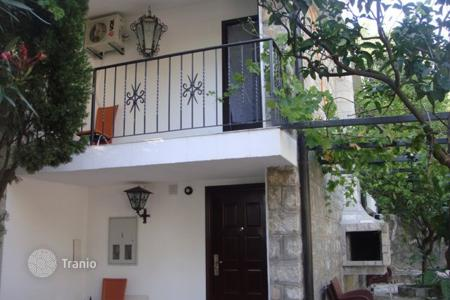 Coastal residential for sale in Perazića Do. Villa – Perazića Do, Budva, Montenegro