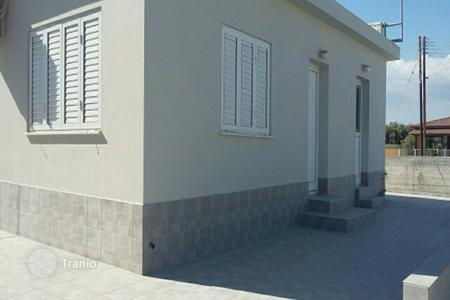 Cheap houses with pools for sale in Cyprus. Two Bedroom Detached House
