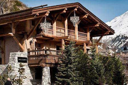 Luxury property for sale in Val d'Isere. Villa – Val d'Isere, Auvergne-Rhône-Alpes, France