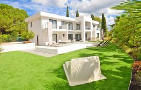 Houses for sale in La Roquette-sur-Siagne. Villa – La Roquette-sur-Siagne, Côte d'Azur (French Riviera), France