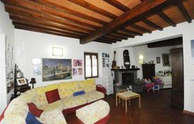 2 bedroom houses for sale in Florence. Villa with a fireplace, a veranda, a garden, and a panoramic view, Florence, Italy