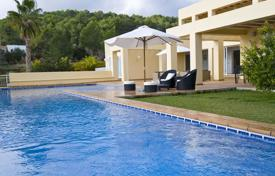 Designer villa with terrace and pool for rent in the town of San Rafael, Ibiza for 17,400 € per week